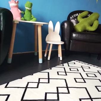 INS black and white style plus sign geometric rug mat
