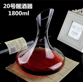 Lead-free glass decanters is with the red wine grape wine home points wine is Cool wine pot European