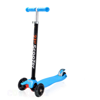 CMAX Height Adjustable Kids Scooter with Flashing LED Wheels (Blue)