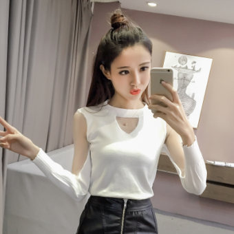 Korean-style mesh hollow loose v-neck bottoming shirt