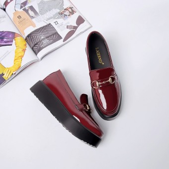 Loafers British female thick bottomed autumn small leather shoes platform shoes (Wine red color)