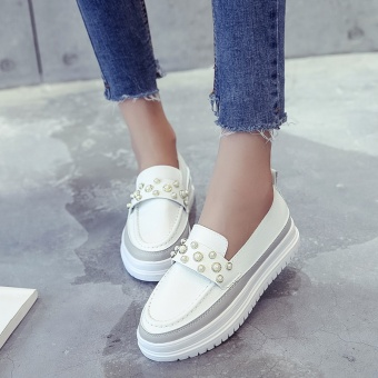 Loafers Korean-style tassled Pearl elevator women's shoes thick bottomed muffin shoes (Pearl White)