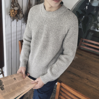 LOOESN Korean-style men round neck pullover thick sweater winter sweater (Beige)