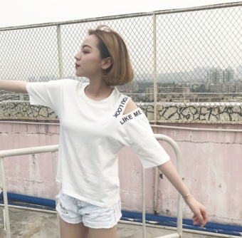 Ulzzang Korean-style summer wind Short sleeve Top LOOESN short sleeved t-shirt (370 off-the-shoulder RIBBON)