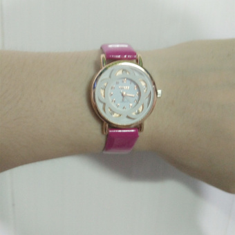 Fine white-collar goddess New style clover bracelet quartz watch