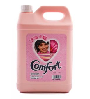 Harga Comfort Kiss of Flowers Fabric Conditioner - 1 X 5 L