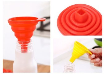 Harga 1pc HOT New Mini Silicone Gel Foldable Collapsible Style Funnel Hopper Kitchen Cooking Tools (ColorᆪᄎGreen) - intl