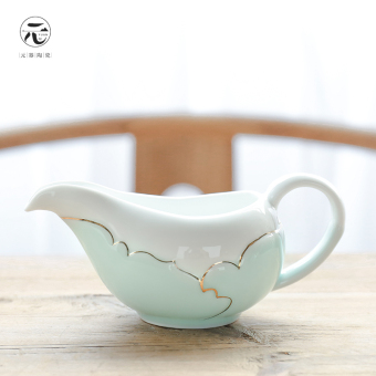 Harga Yuan is ceramic full handmade Celadon pitcher tea sea