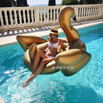 Harga Free gift! Large inflatable gold Swan horse swim ring pink Swan Flamingo floating row Floating Bed