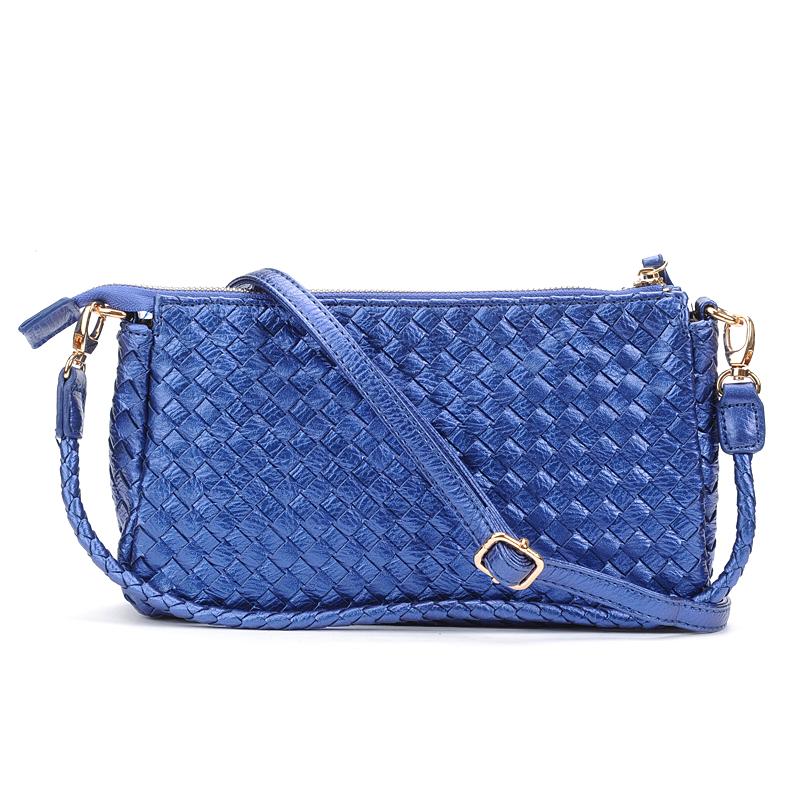 2017 autumn new female bag hand bag shoulder messenger bag pure handmade woven bag female models woven small bag (Small metal blue)