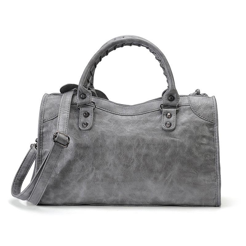 2017 autumn new female bag ladies handbag shoulder messenger bag rivet retro fringed bag No. Large (No. Smoke gray)