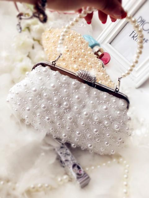 2017 new pearl diamond flower handbag clutch chain lace bridesmaid bag banquet bag hand diagonal package (One side lace-champagne (plus portable))