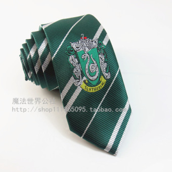 Harga Harry potter and the surrounding narrow stripes tie hogwarts school badge male and female students han edition business career (Slytherin/tie)