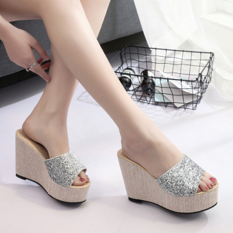 2017 female summer outdoor slippers word drag sandals shoes leather platform wedge sandals fashion shoes women shoes thick crust (Silver)