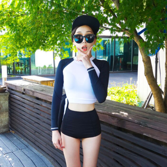 Korea spring and summer conservative sunscreen long-sleeved highcollar high waist swimming clothing FEMALE split triangle spaSlimming effect cover the belly swimsuit
