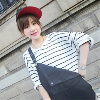 Korean-style black and white female striped bottoming shirt T-shirt (White)