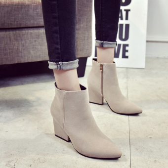 Korean-style pointed suede high-heeled shoes (Off-white color)