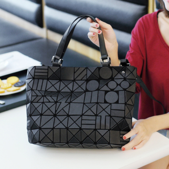 Lingge laser bag geometric bag New style bag (White)