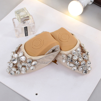 Women's Large-size Rhinestone-decorated Pointed Toe Shallow Mouth Flat Shoes (Gold)