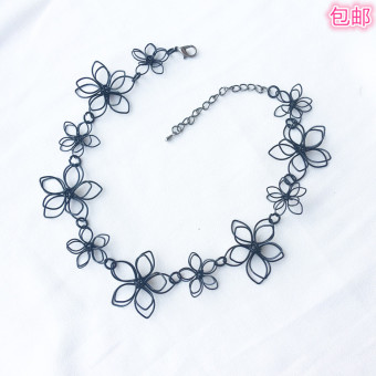 Black small flower neck jewelry necklace female clavicle chain Korean wild simple choker neck strap necklace