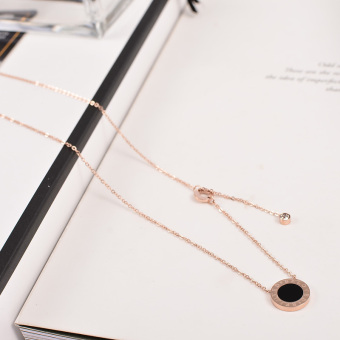 European and American minimalist black Round rose gold small Fine necklace female models clavicle chain short paragraph anti-allergic jewelry