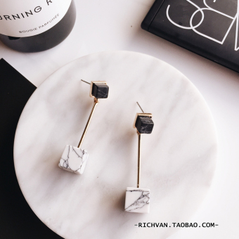 Harga Japan and South Korea European and American Style Design Models marble lines minimalist temperament triangle geometric earrings Long earrings female