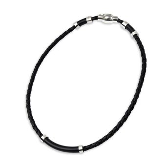 Harga [Final Sale] Oregon Scientific i.balance Leather Series Negative Ion Necklace - Medium (Black) - intl